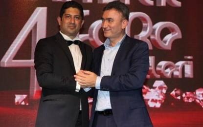 Mehmet Akbay Ödül Aldı!