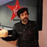 Okan Bayülgen 52. Yaşını Radyoda Kutladı